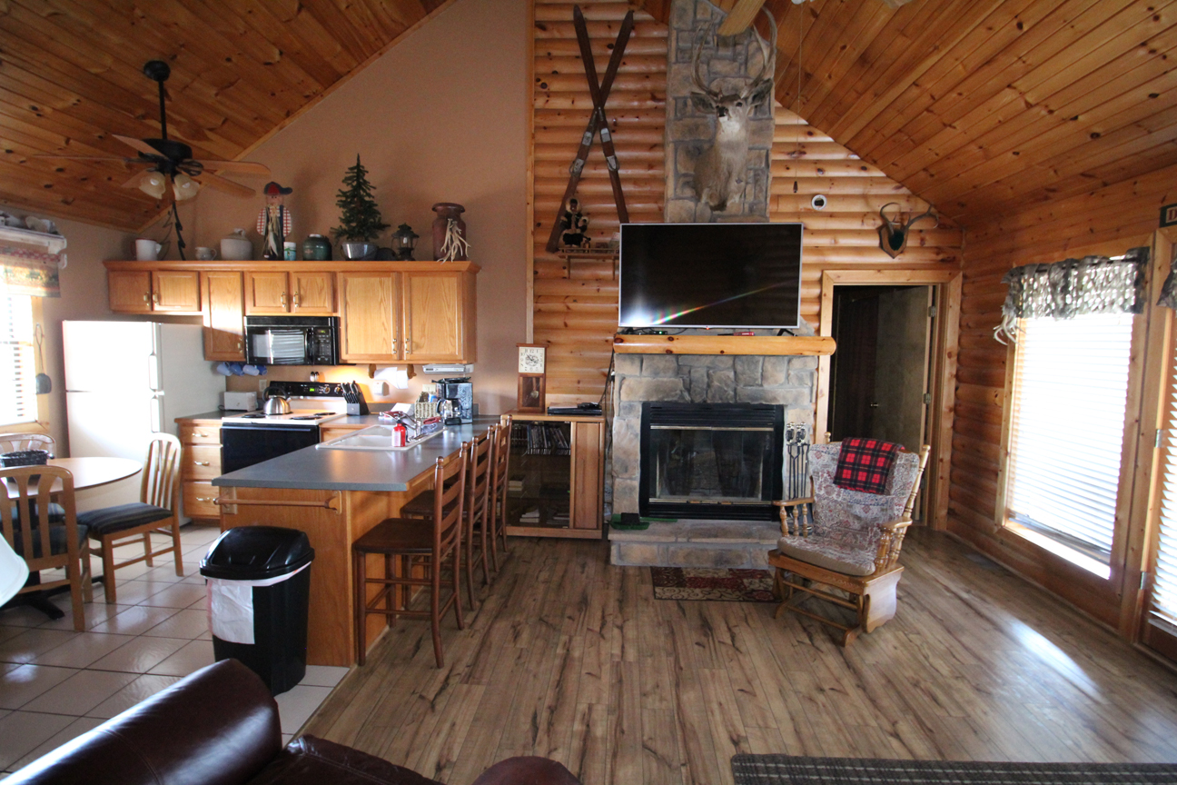 The Trappers Den Log Cabin Rental At Notch Estates