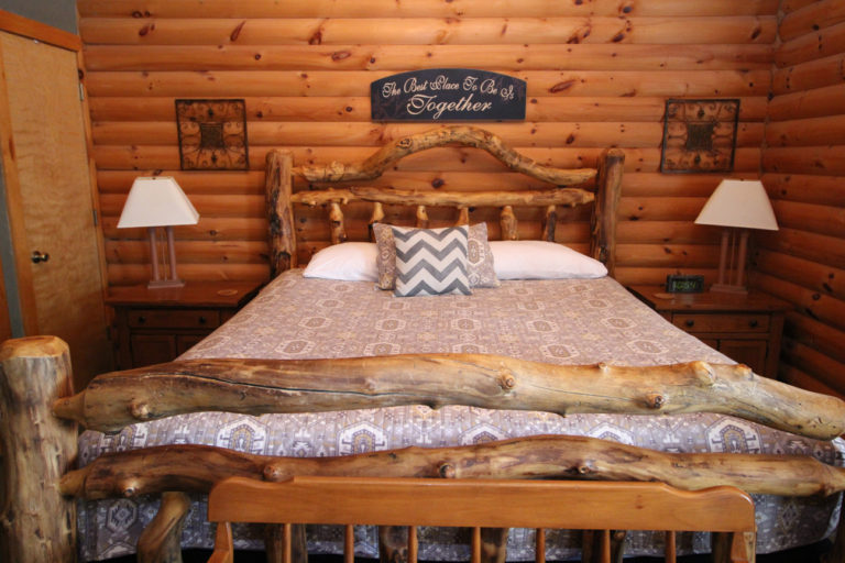 King Size Bed Serenity Log Cabin