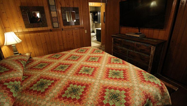 Bedroom #5 Deer Trail Log Cabin