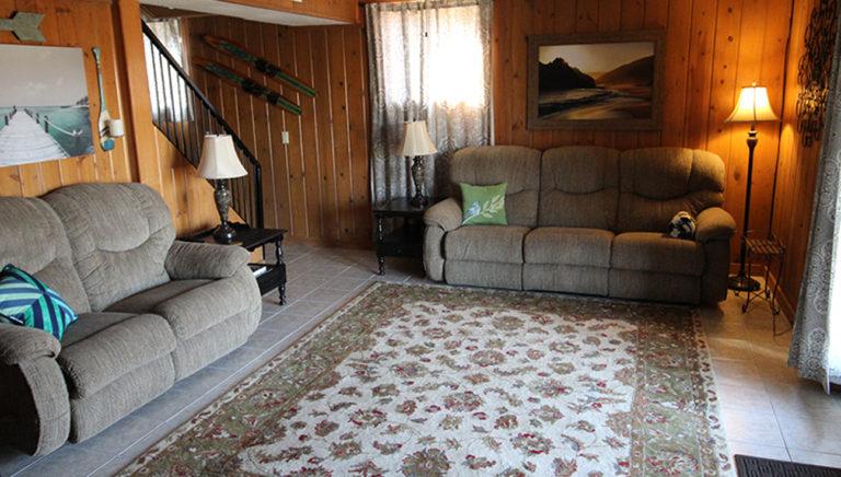 Spacious Living Area Deer Trail Log Cabin