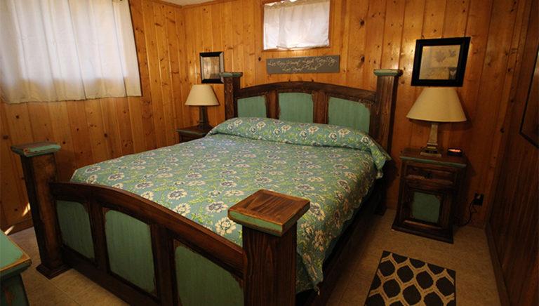 Bedroom #2 Deer Trail Log Cabin