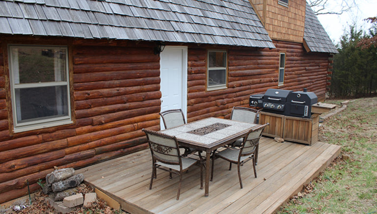 Back Patio Lake Side Log Cabin