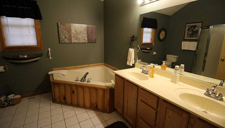 Master Bathroom From Doorway Split Oak Log Cabin