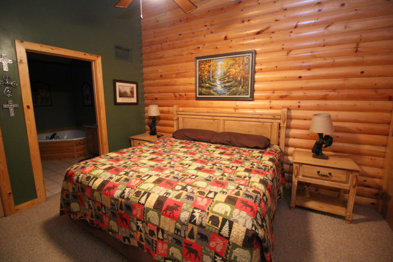 Master bedroom at the Great Escape (View #2)